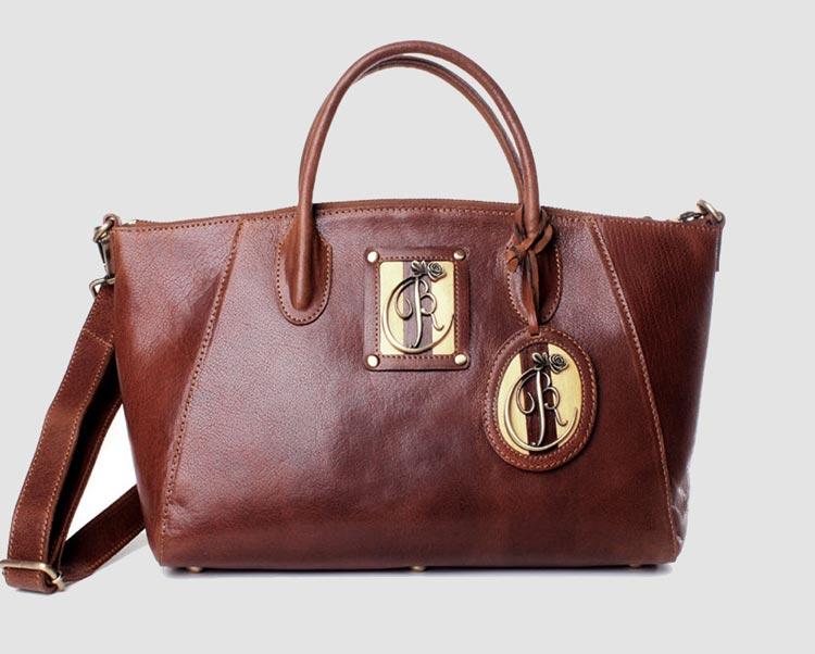 luxury leather bag Nessum close up